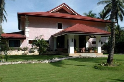 LAS FLORES LUXURY COUNTRY GUEST HOUSE