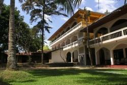 SRI GEMUNU BEACH RESORT 4*, Унаватуна, Шри-Ланка