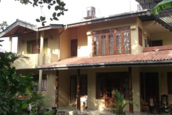 SERENITY VILLA HIKKADUWA 3*, Хиккадува, Шри-Ланка