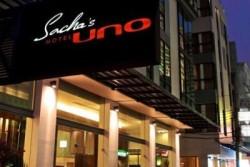 SACHA'S HOTEL UNO